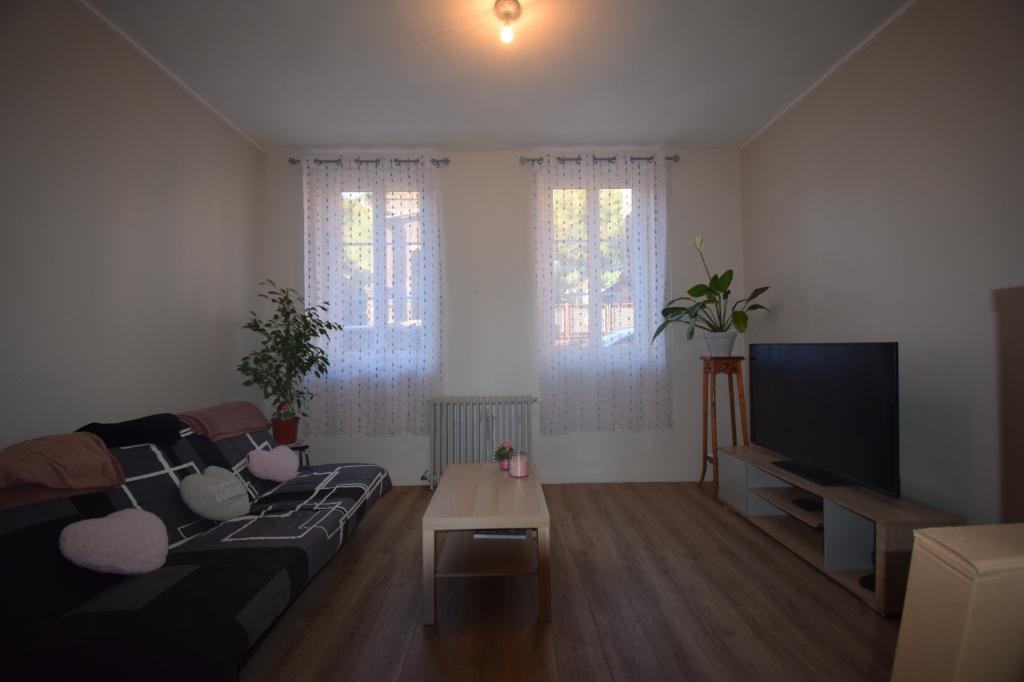 A vendre Appartement à  CAUDEBEC LES ELBEUF  (76320)
