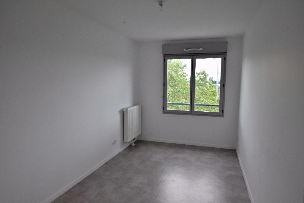 Spacieux T4 80m2 dans résidence sécurisée 76100 ROUEN