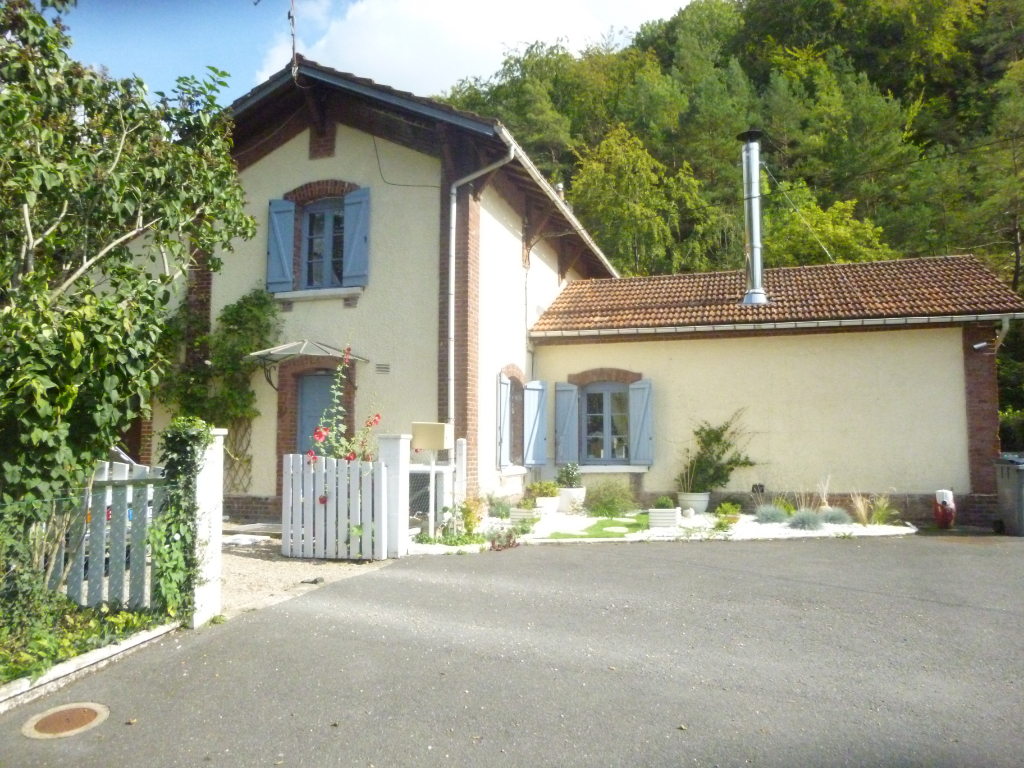 A vendre Maison à  MOULINEAUX  (76530)