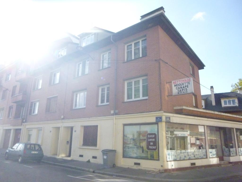 A vendre Immeuble à  ELBEUF  (76500)