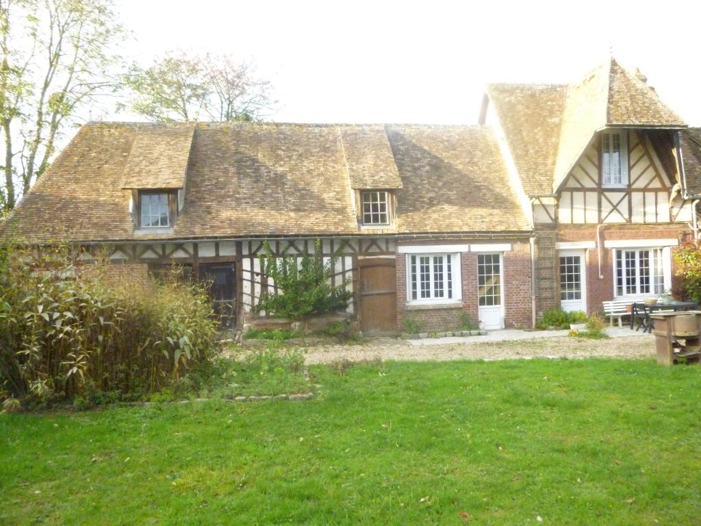 A vendre Maison à  SAINT PIERRE DES FLEURS  (27370)