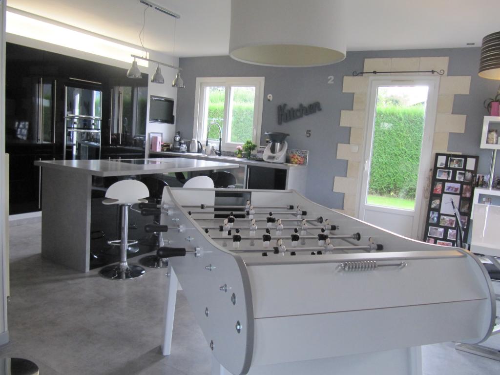 A vendre Maison à  LE THUIT SIGNOL  (27370)
