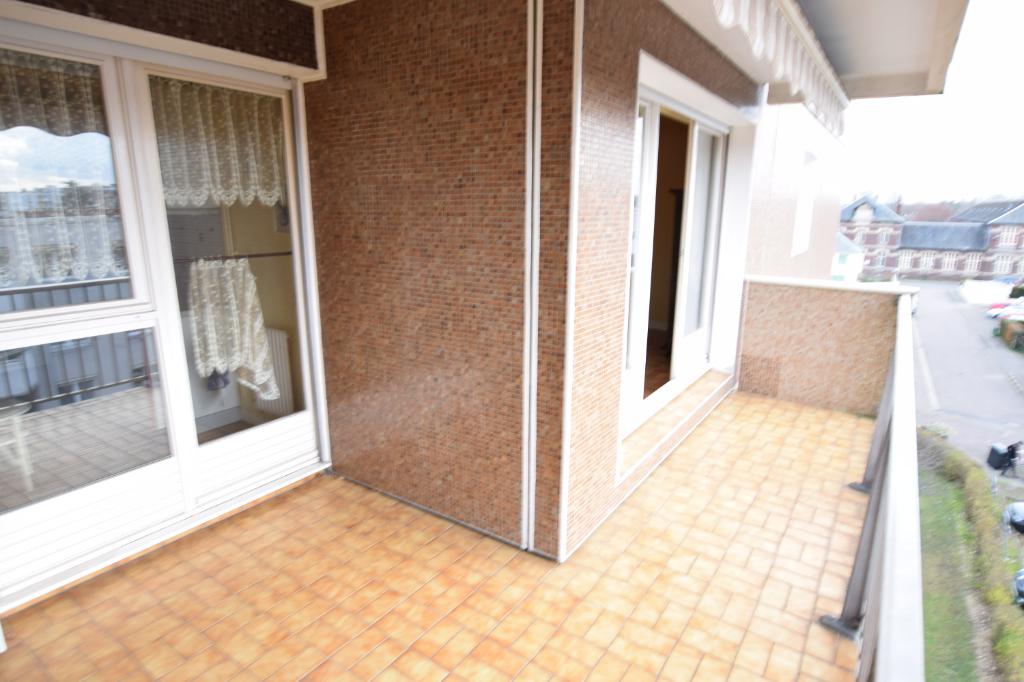 A vendre Appartement à  SOTTEVILLE LES ROUEN  (76300)