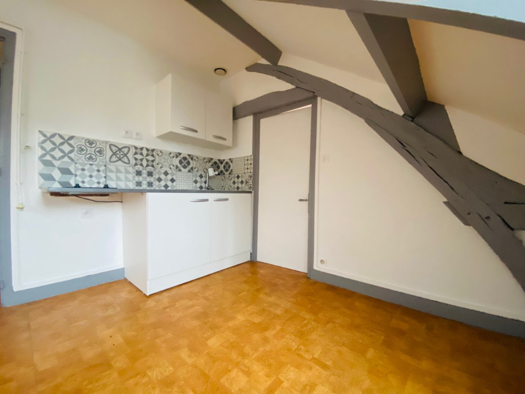 A louer Appartement Type F2 -Elbeuf  - 30 m2