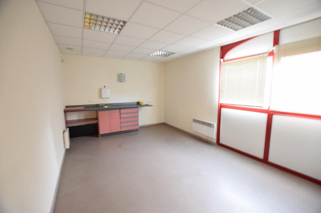Local commercial - 120 m2 - ELBEUF