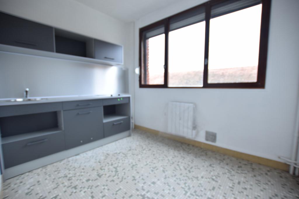 STUDIO - 28M²- ELBEUF