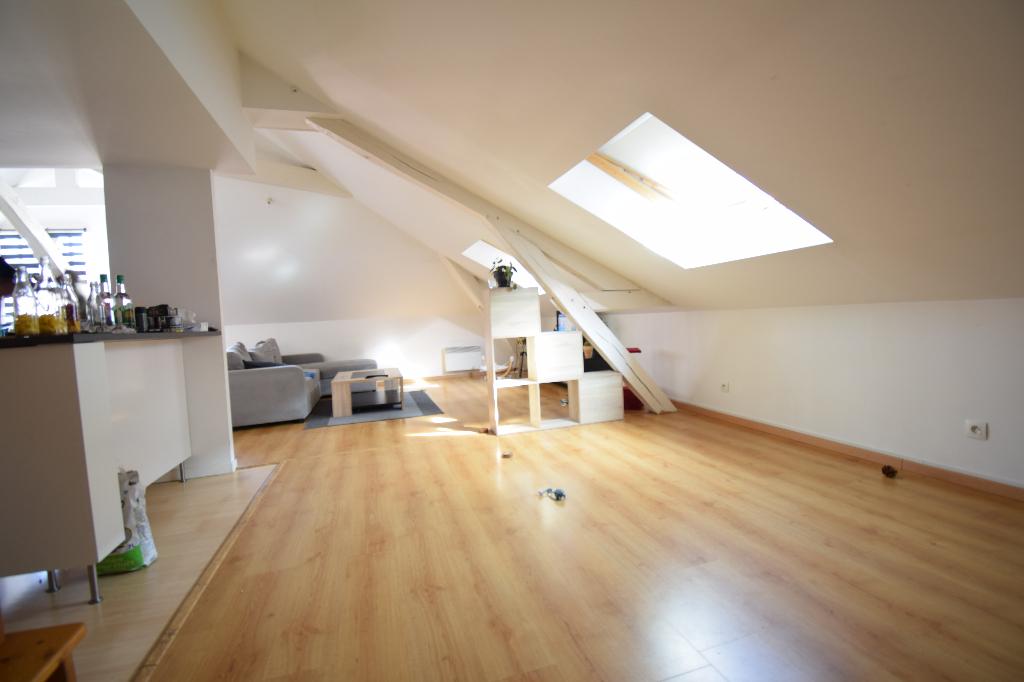 Appartement  3 pièces-76500