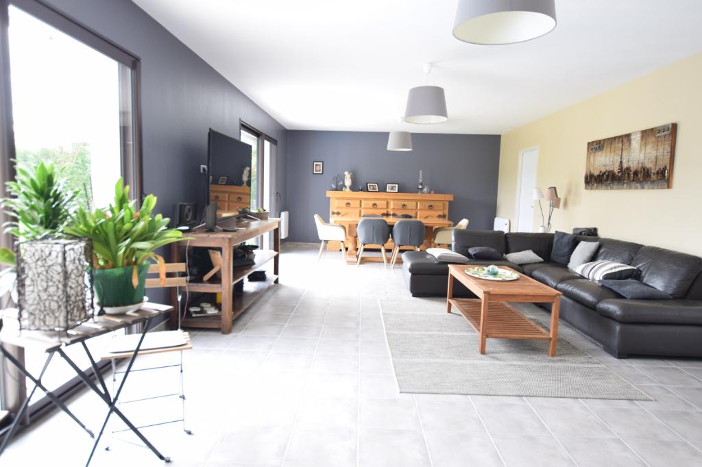Maison, 9 pièces- 200 m2, 27370