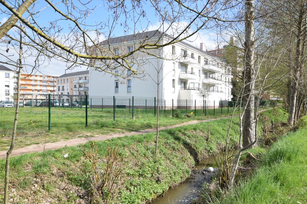 Bel appartement T3 avec jardin- 76320