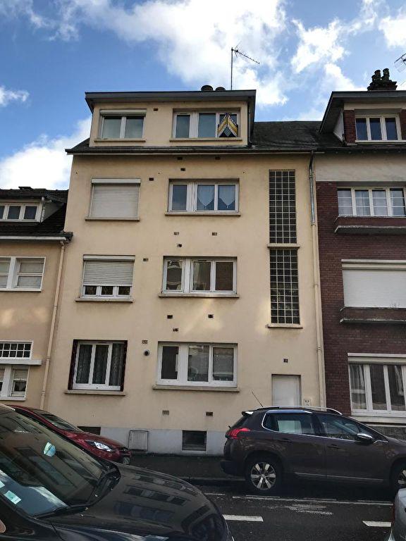 Appartement Proche Place Voltaire b