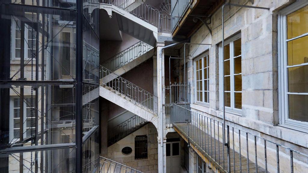 appartement 138m²  BESANCON  - photo 2