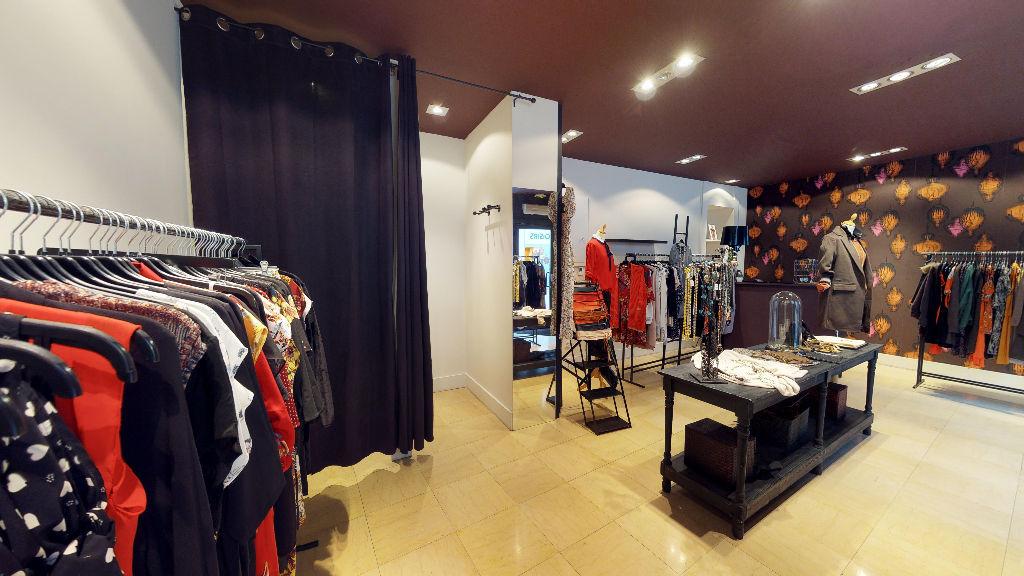 fond_commerce 48m²  BESANCON  - photo 3
