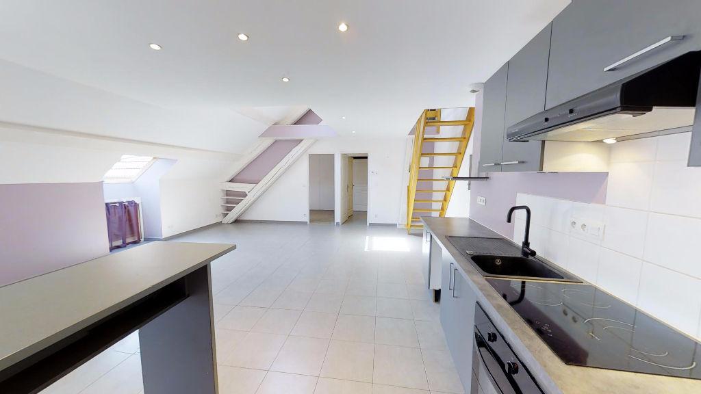 appartement 76.09m²  ORNANS  - photo 3