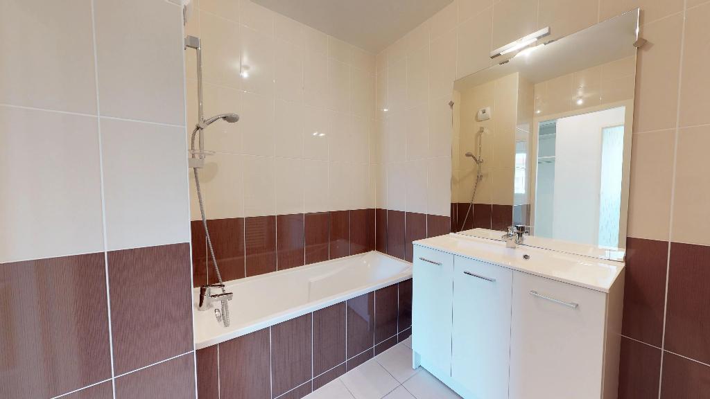appartement 70m²  BESANCON  - photo 8