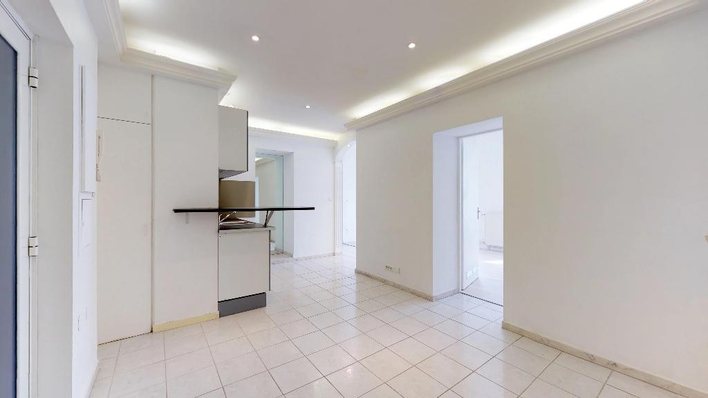 appartement 73m²  BESANCON  - photo 1