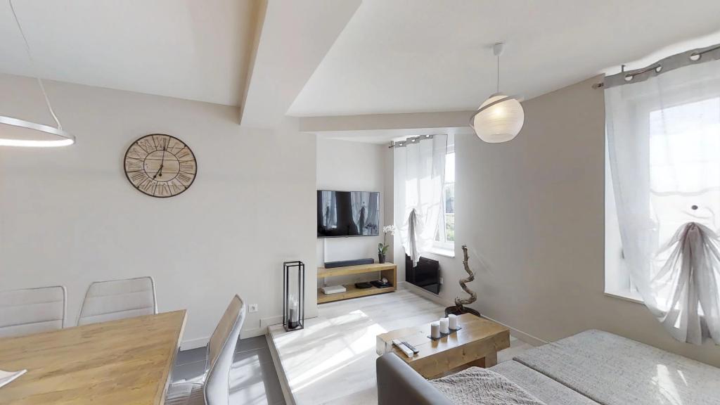 appartement 71m²  DOUBS  - photo 1
