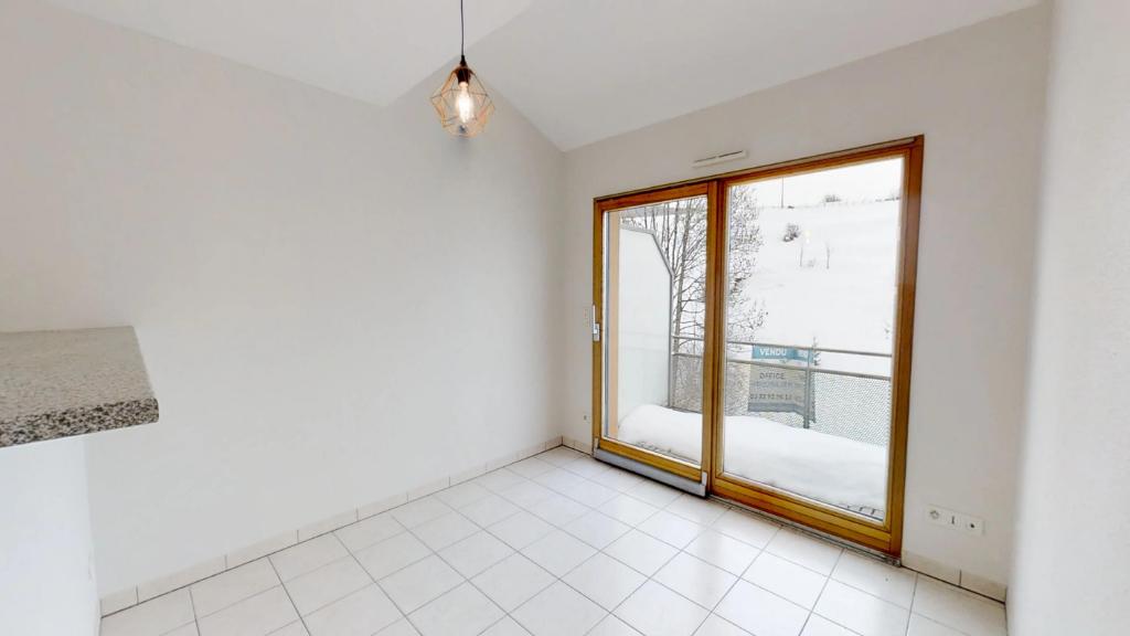 appartement 43m²  PONTARLIER  - photo 2