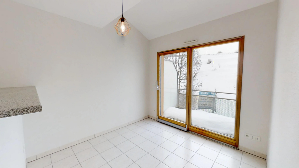 appartement 51m²  PONTARLIER  - photo 2