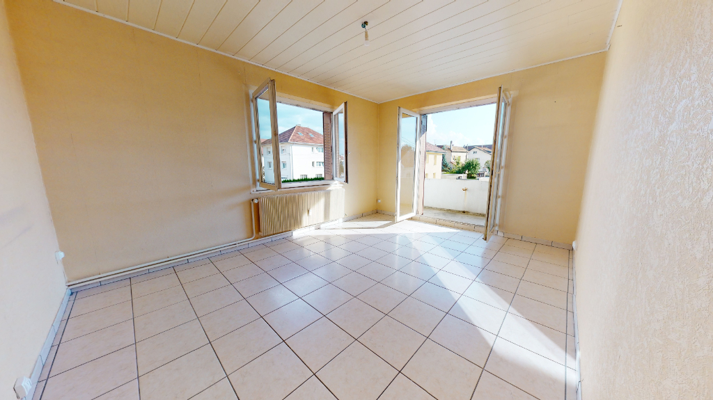 appartement 80m²  PONTARLIER  - photo 2
