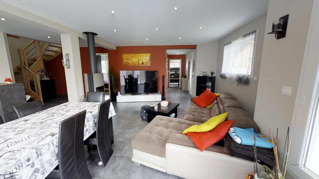 maison 220m²  VERRIERES DE JOUX  - photo 3