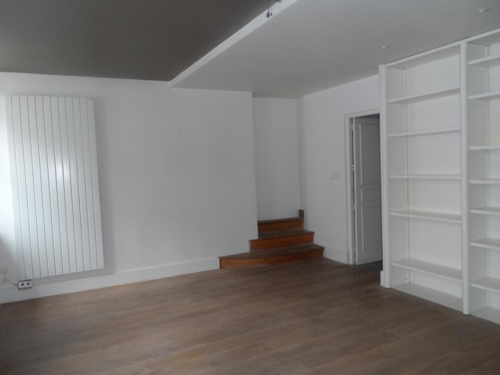 appartement 64m²  BESANCON  - photo 2