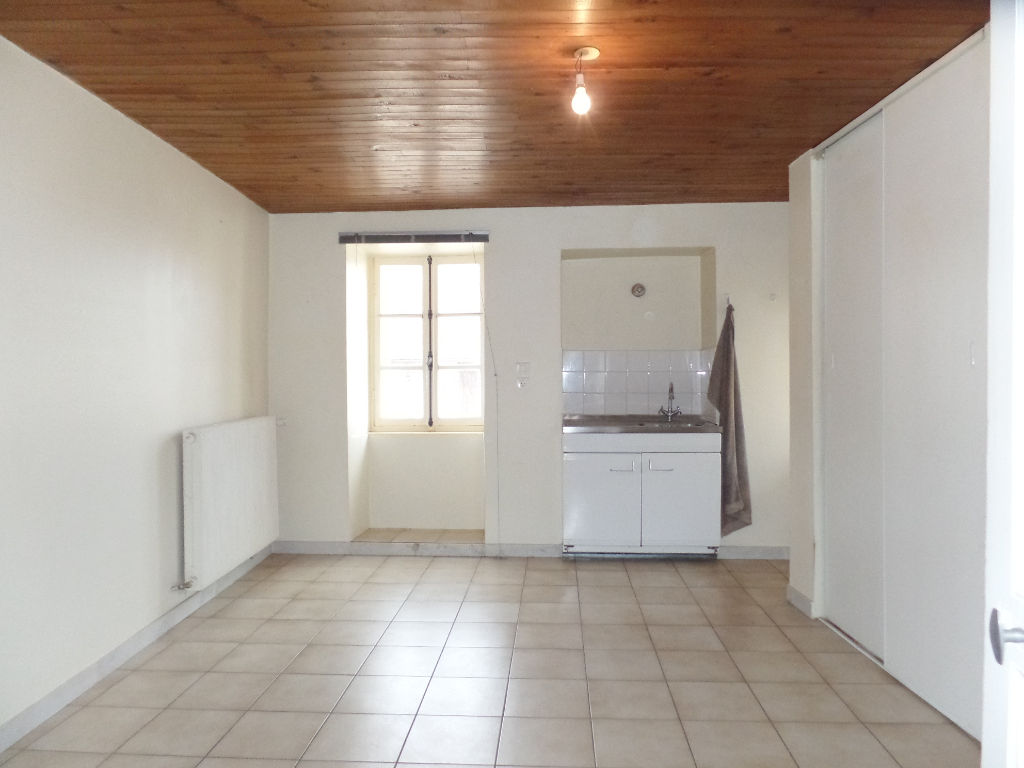 maison 72m²  FRASNE LE CHATEAU  - photo 4