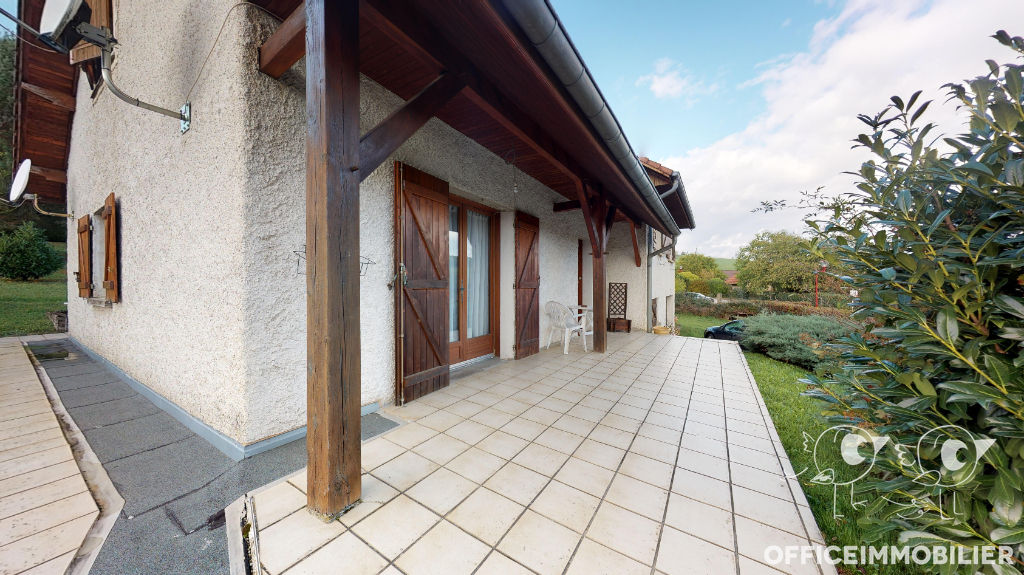maison 164.07m²  PUGEY  - photo 1