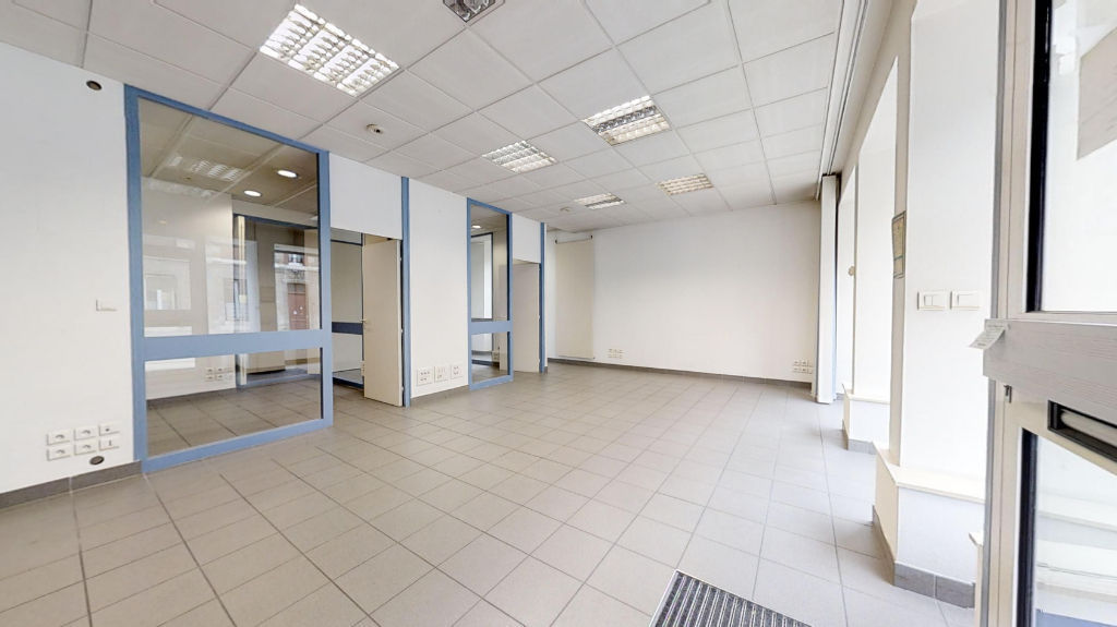 local_professionnel 69.38m²  BESANCON  - photo 6
