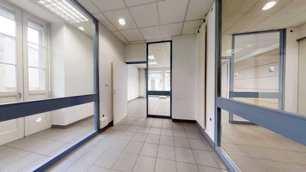 local_professionnel 69.38m²  BESANCON  - photo 9