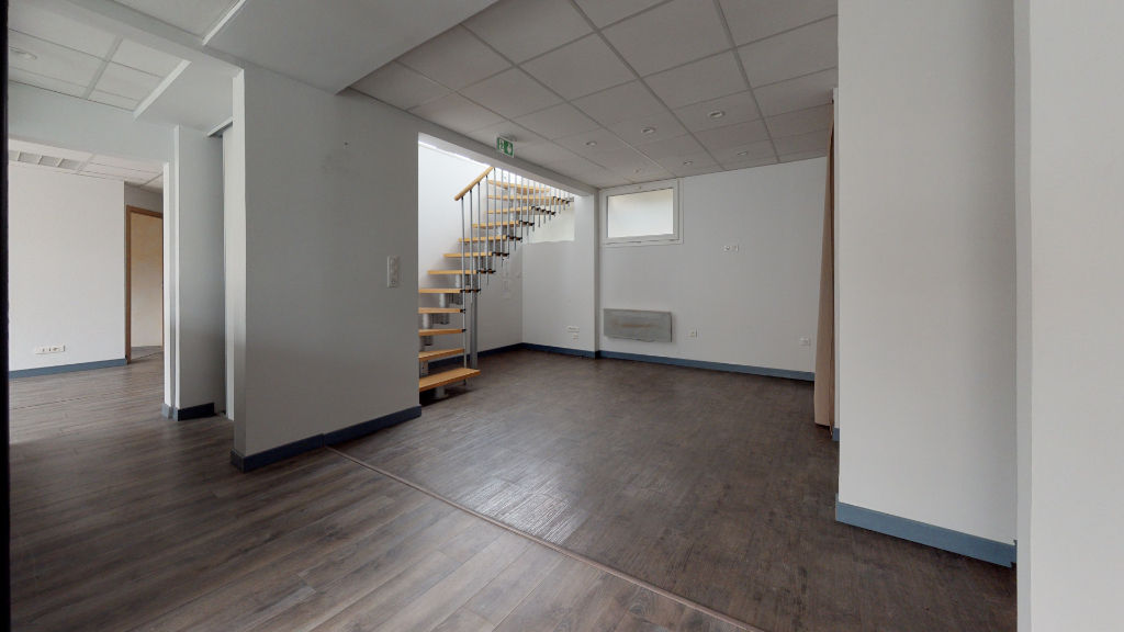 local_professionnel 203.65m²  BESANCON  - photo 3