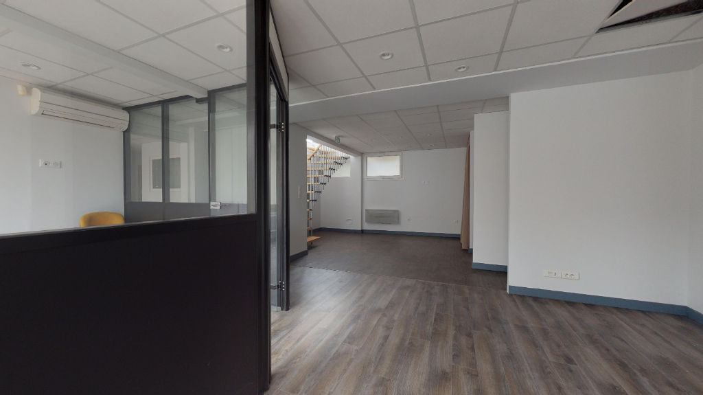 local_professionnel 203.65m²  BESANCON  - photo 7
