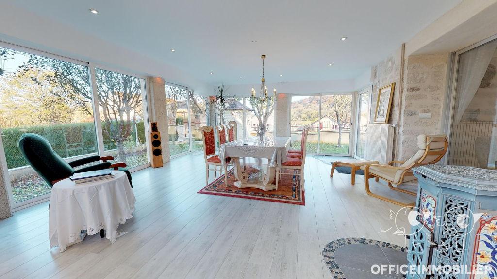 maison 235m²  POULIGNEY LUSANS  - photo 1