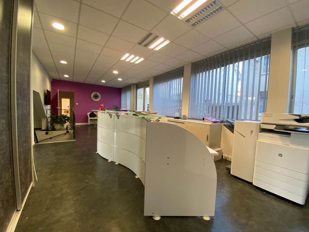 local_professionnel 544.61m²  BESANCON  - photo 8
