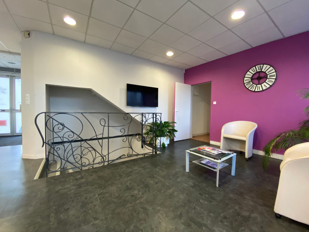 local_professionnel 544.61m²  BESANCON  - photo 10