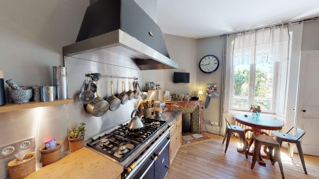maison 215m²  BESANCON  - photo 4