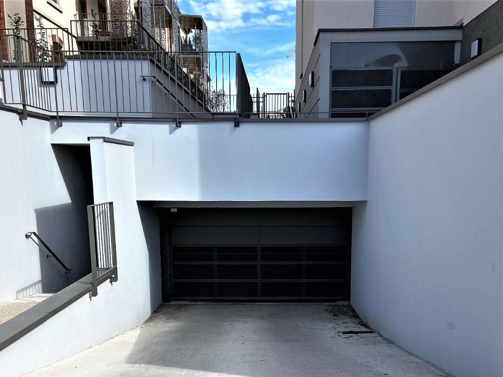 parking 12.5m²  BESANCON  - photo 2
