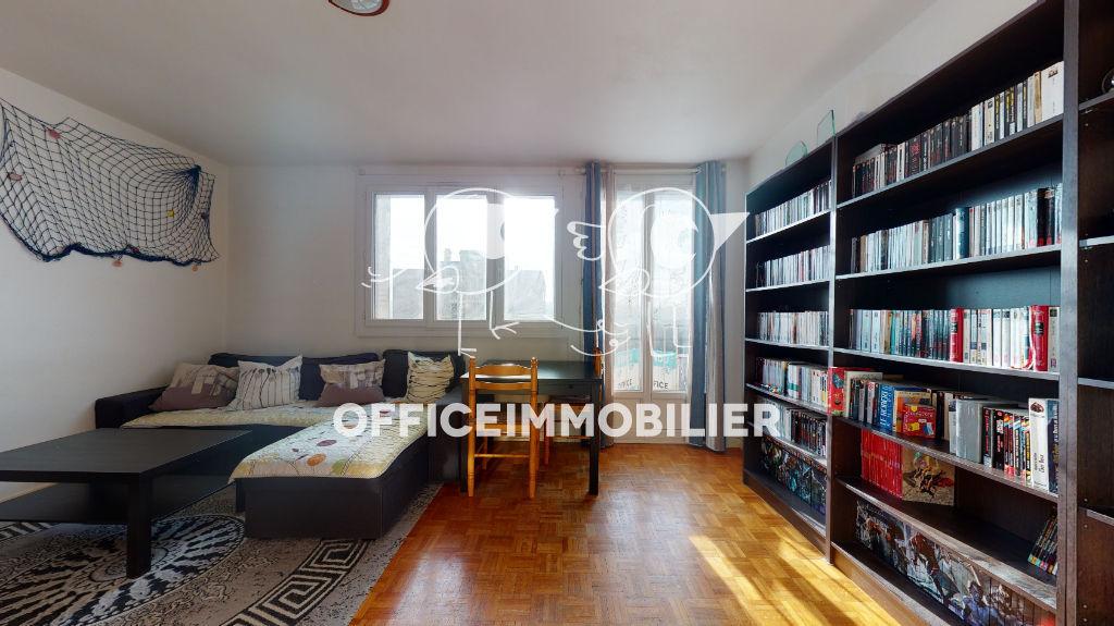 appartement 71.69m²  BESANCON  - photo 3