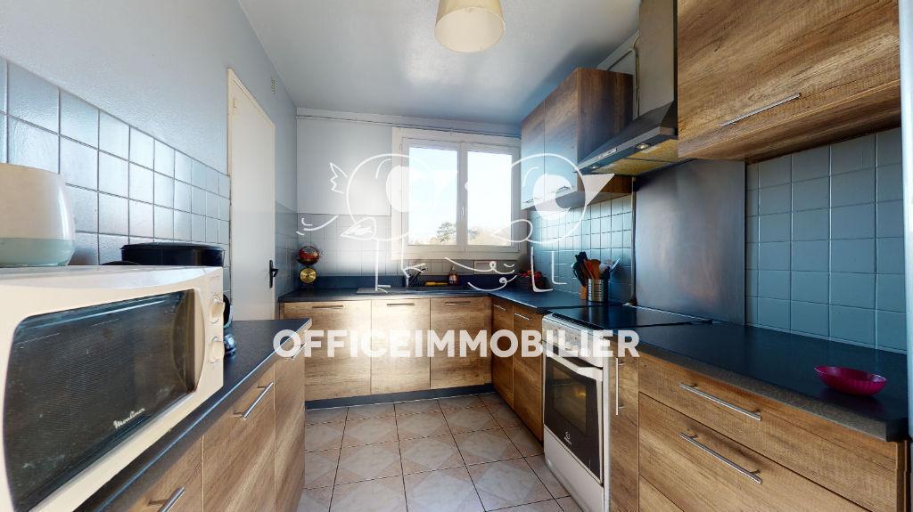 appartement 71.69m²  BESANCON  - photo 4