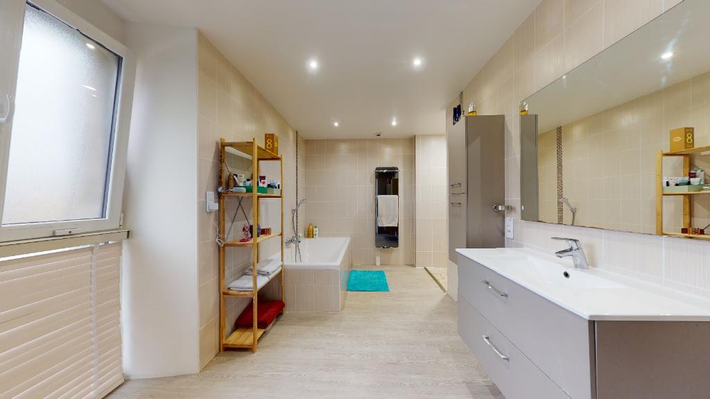 maison 200m²  DANNEMARIE SUR CRETE  - photo 6