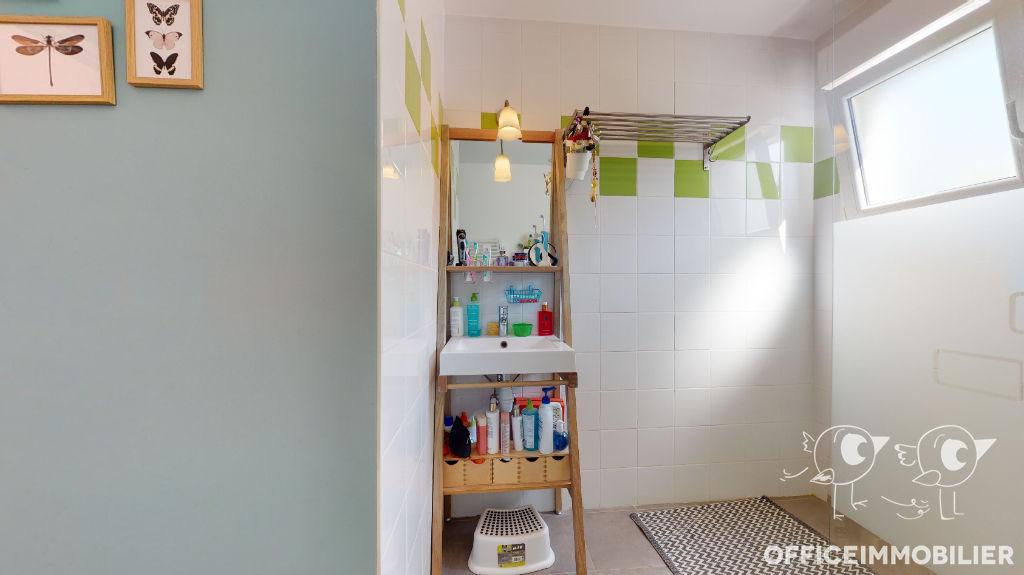 maison 111m²  MONTFAUCON  - photo 11