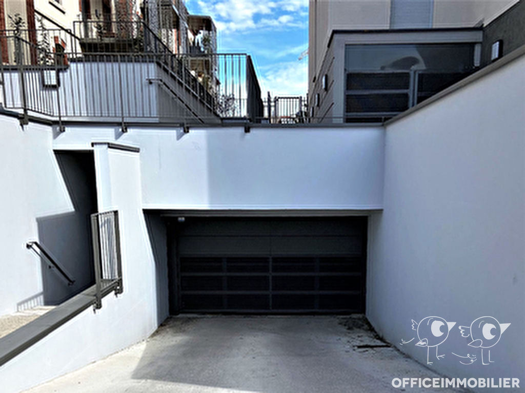 parking 14m²  BESANCON  - photo 2