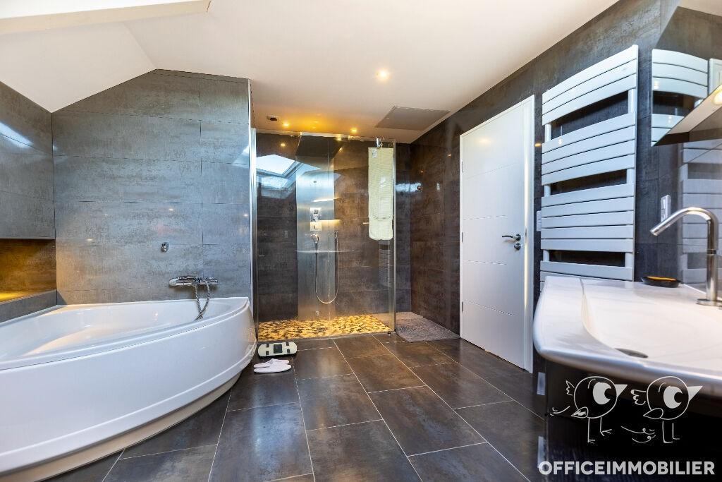 maison 350m²  BESANCON  - photo 10