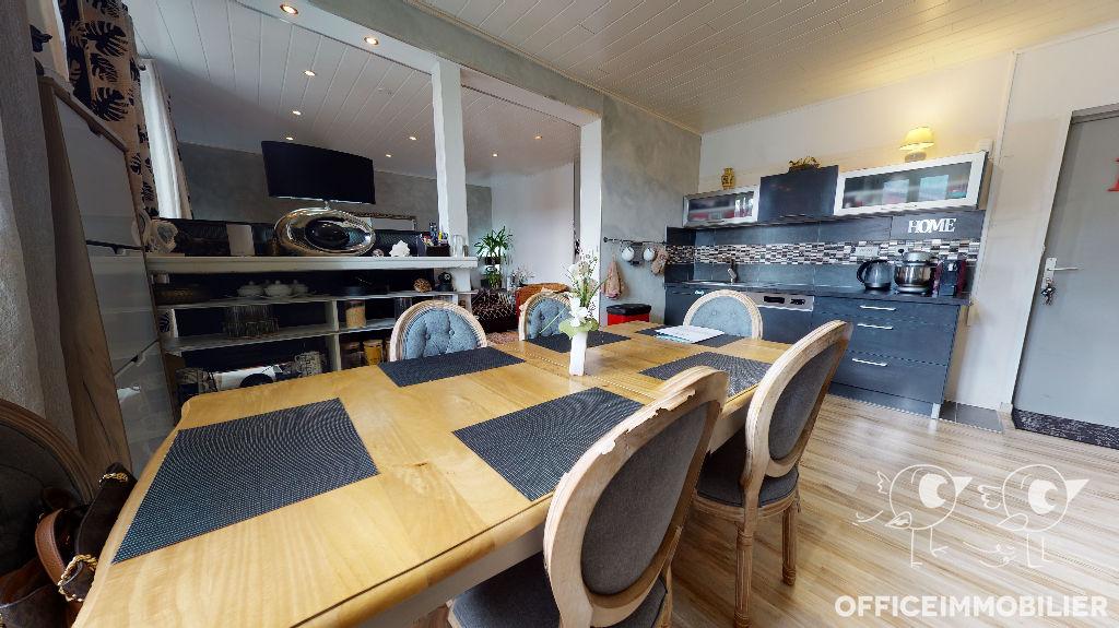 appartement 69m²  PONTARLIER  - photo 2