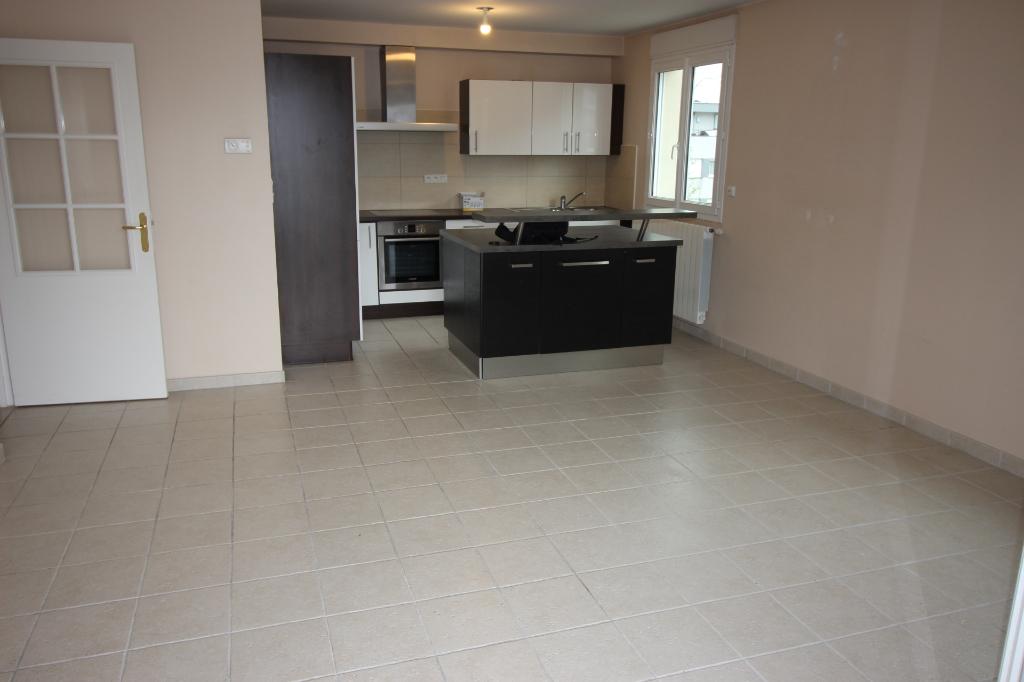 Sale apartment Ornex 295000€ - Picture 2