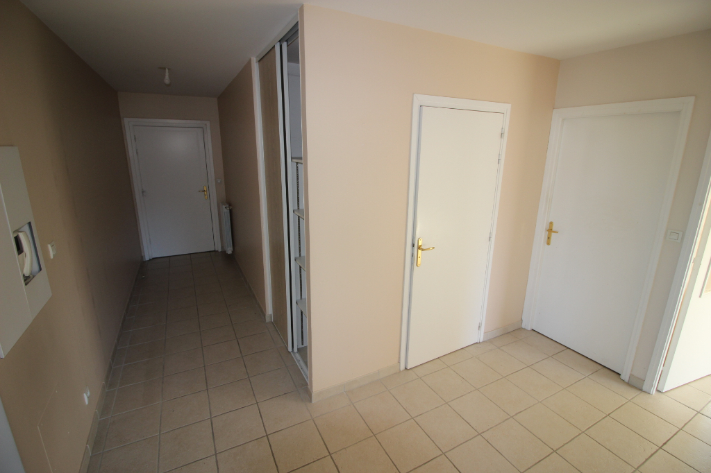 Sale apartment Ornex 295000€ - Picture 4