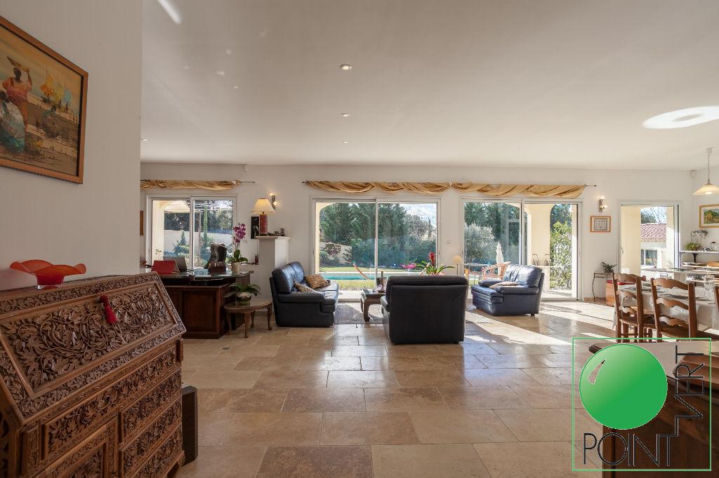 Vente Maison de 7 pièces 210 m² - L ISLE SUR LA SORGUE 84800 | POINT VERT VLG - AR photo5
