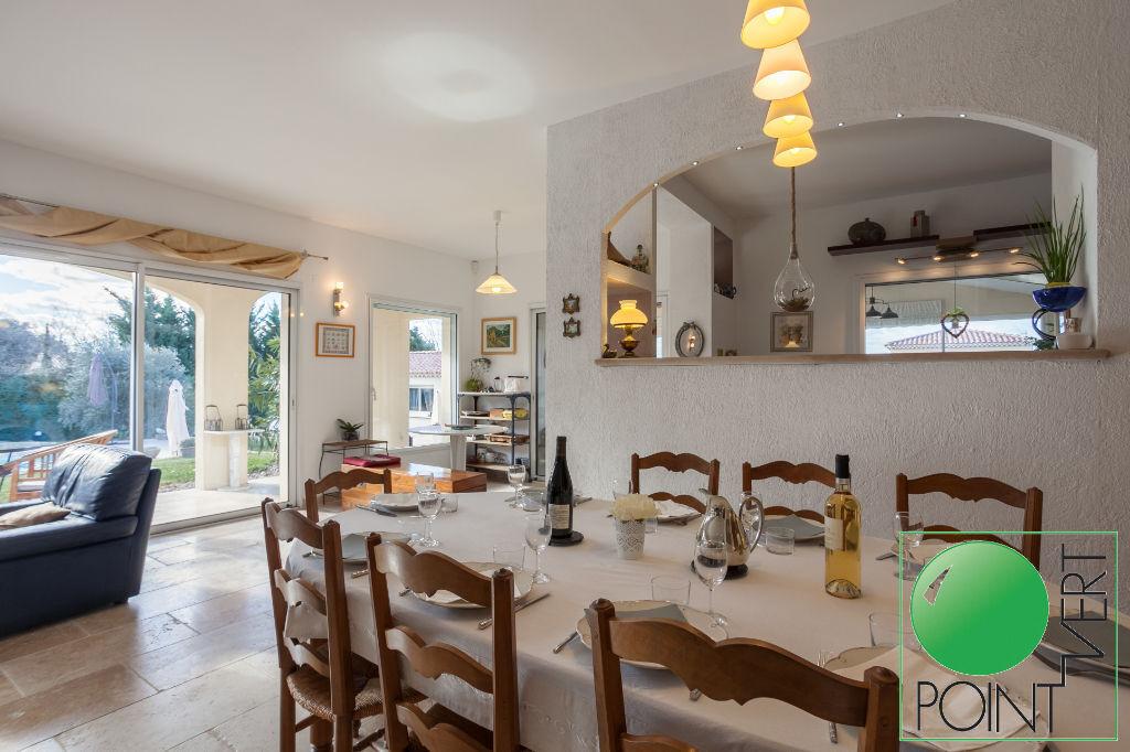 Vente Maison de 7 pièces 210 m² - L ISLE SUR LA SORGUE 84800 | POINT VERT VLG - AR photo8