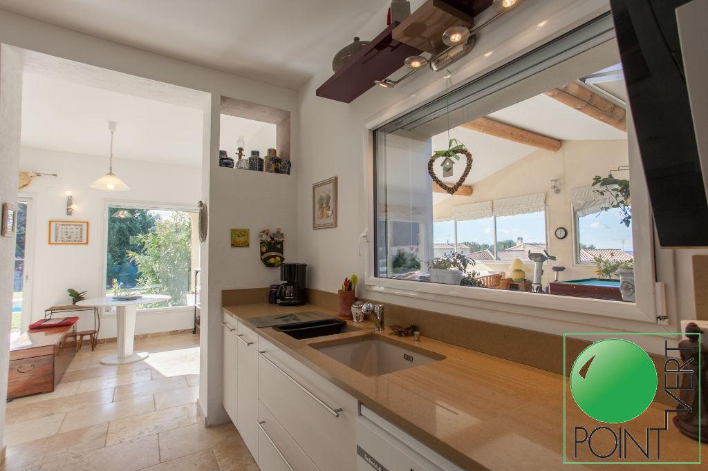 Vente Maison de 7 pièces 210 m² - L ISLE SUR LA SORGUE 84800 | POINT VERT VLG - AR photo10
