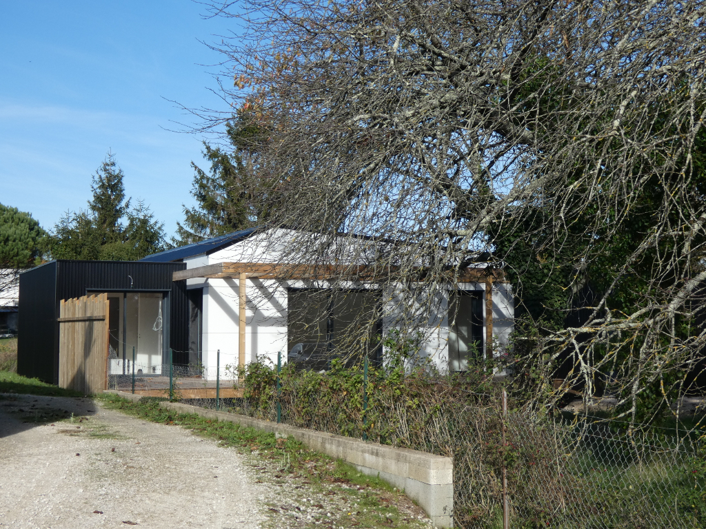 Vente maison / villa Gemozac 294000€ - Photo 5