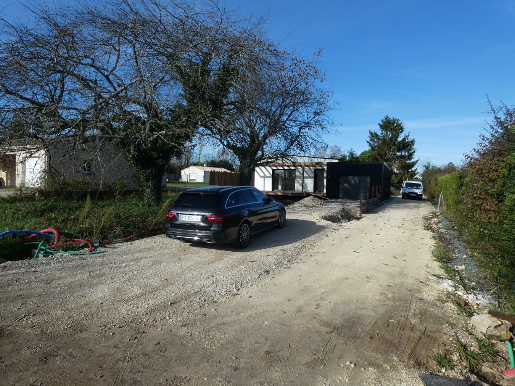Vente maison / villa Gemozac 294000€ - Photo 9